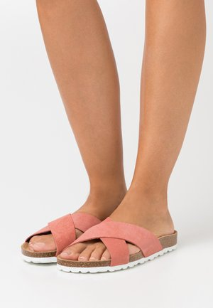 ONLMADISON SLIP ON - Chaussons - nude