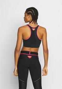 Dynafit - SPEED BRA - Light support sports bra - black out - 2