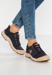 Aigle - TENERE LIGHT - Baskets basses - dark navy - 0