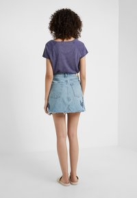 Citizens of Humanity - ASTRID  - Denim skirt - caliqoue patch - 2