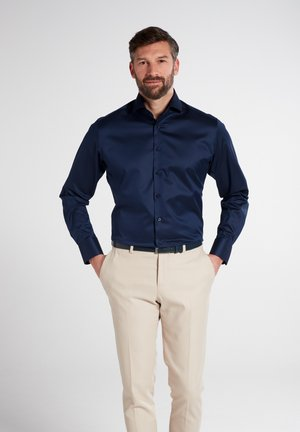 MODERN FIT - Formal shirt - marineblau