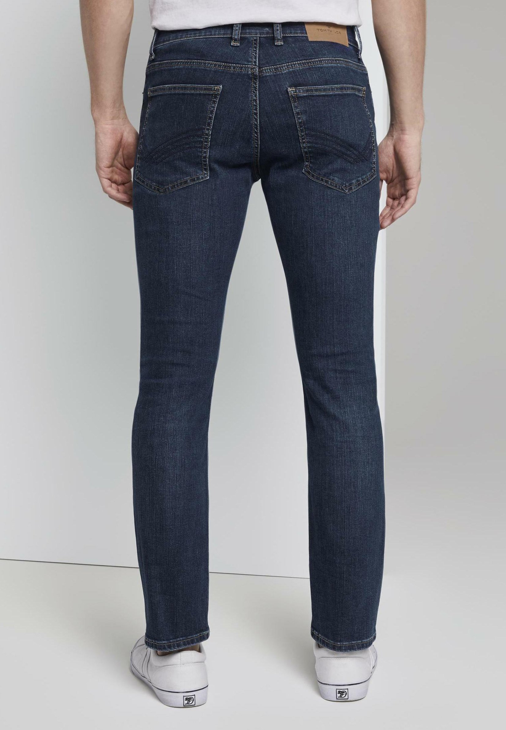 TOM TAILOR TOM TAILOR JEANSHOSEN JOSH REGULAR SLIM JEANS - Jean slim - dark blue denim