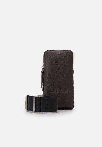 SLING - Bum bag - nori green