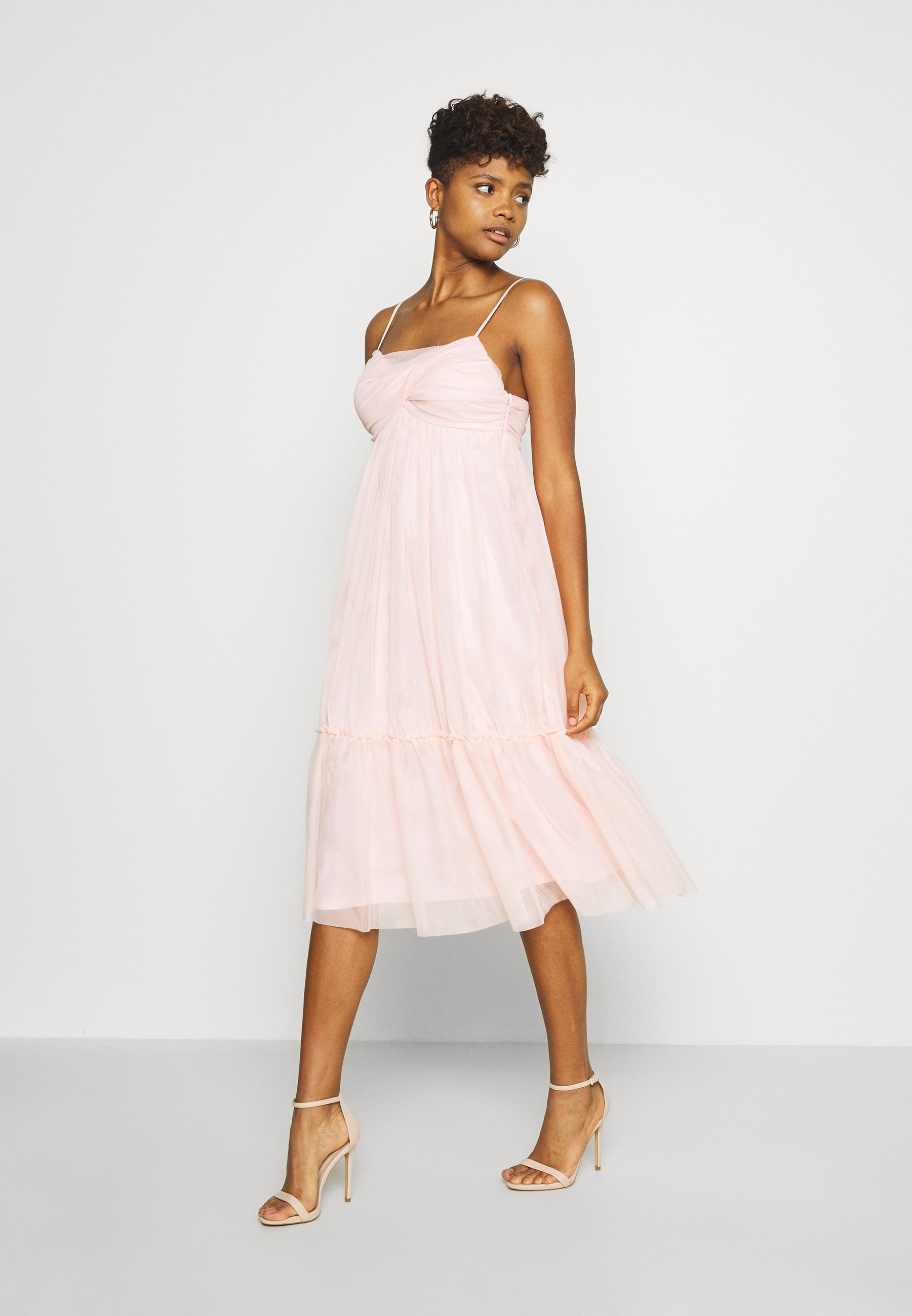ZALANDO X NA-KD VOLUME DRESS - Cocktailkleid/festliches Kleid - dusty pink