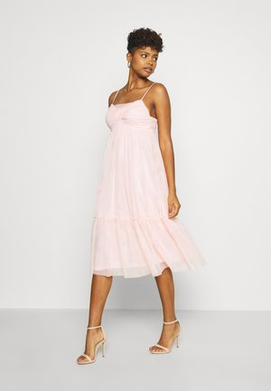ZALANDO X NA-KD VOLUME DRESS - Cocktailklänning - dusty pink