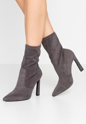 BOUNTY SEXY SOCK BOOT - High heeled ankle boots - grey