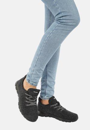 MERINO RUNNERS - Zapatillas - anthracite