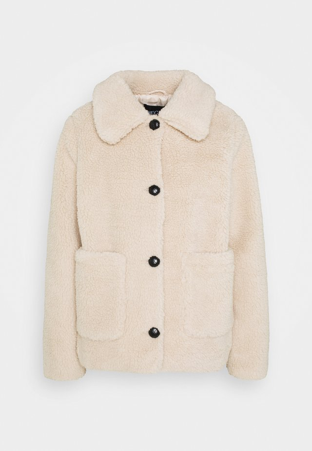 PCSAPPHIRA SHORT JACKET - Winter jacket - fog