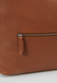 Zign - LEATHER - Reppu - cognac - 6