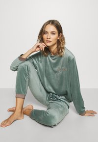 Hunkemöller - Haut de pyjama - balsam green - 1
