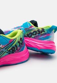 ASICS - PRE-NOOSA TRI 13 UNISEX - Scarpe running da competizione - digital aqua/hot pink - 5