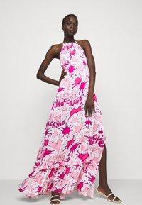 Love Moschino - Maxi dress - splash rosa - 3