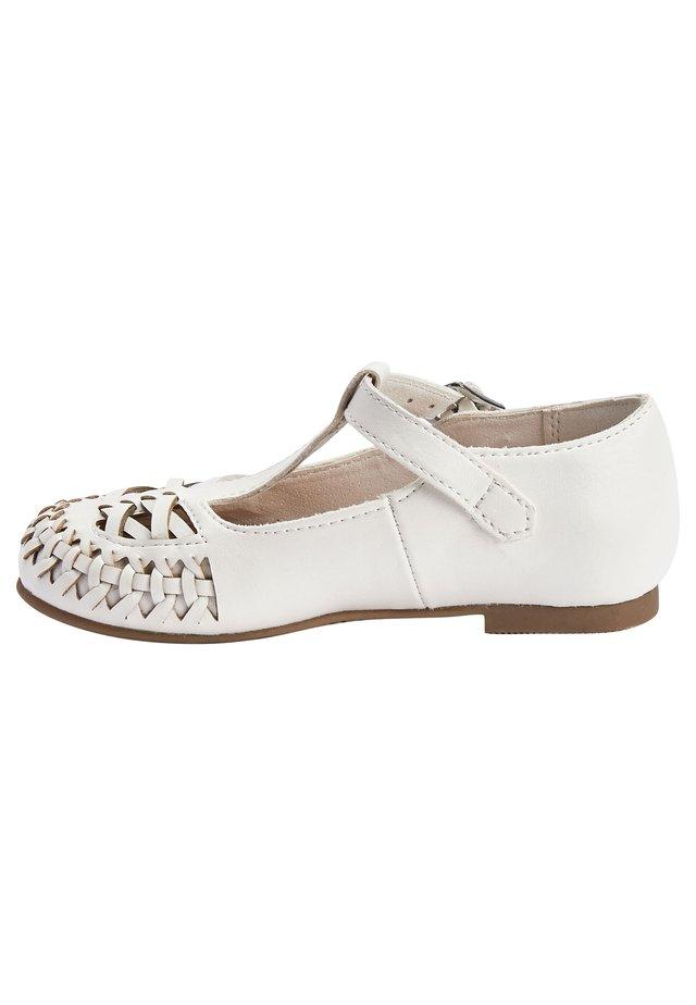 WHITE WOVEN T-BAR SHOES (YOUNGER) - Lær-at-gå-sko - white