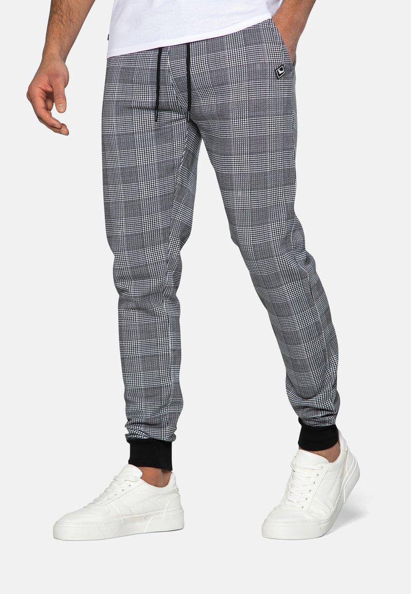 Threadbare - Teplákové kalhoty - black check