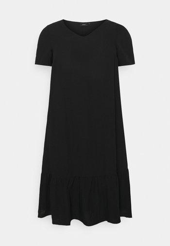 VMACY DRESS - Jerseyklänning - black