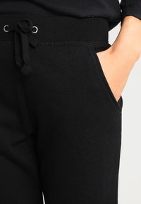 New Look - BASIC BASIC  - Tracksuit bottoms - black - 3