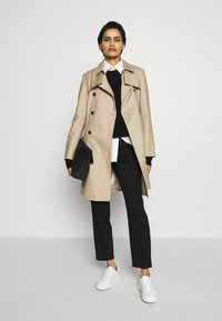 HUGO - MAKARAS - Trenchcoat - medium beige - 1
