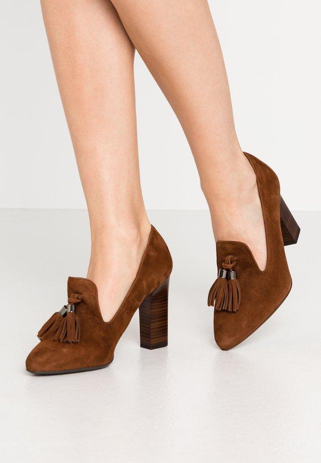 KERA - Zapatos altos - cognac