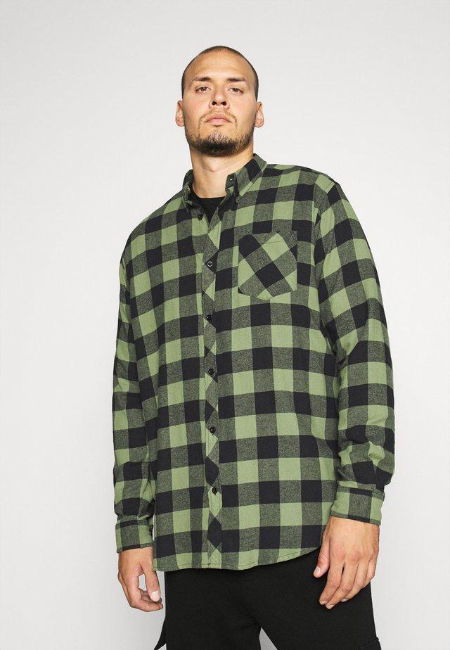 HECK - Shirt - loden green