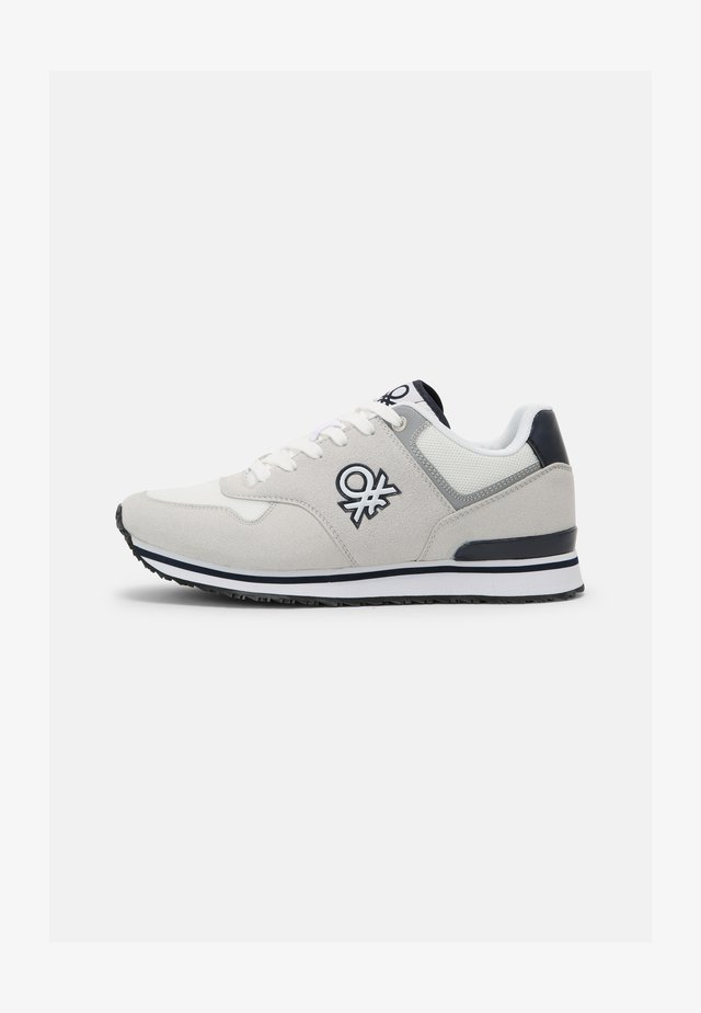 BUMBER - Sneakers basse - white/navy