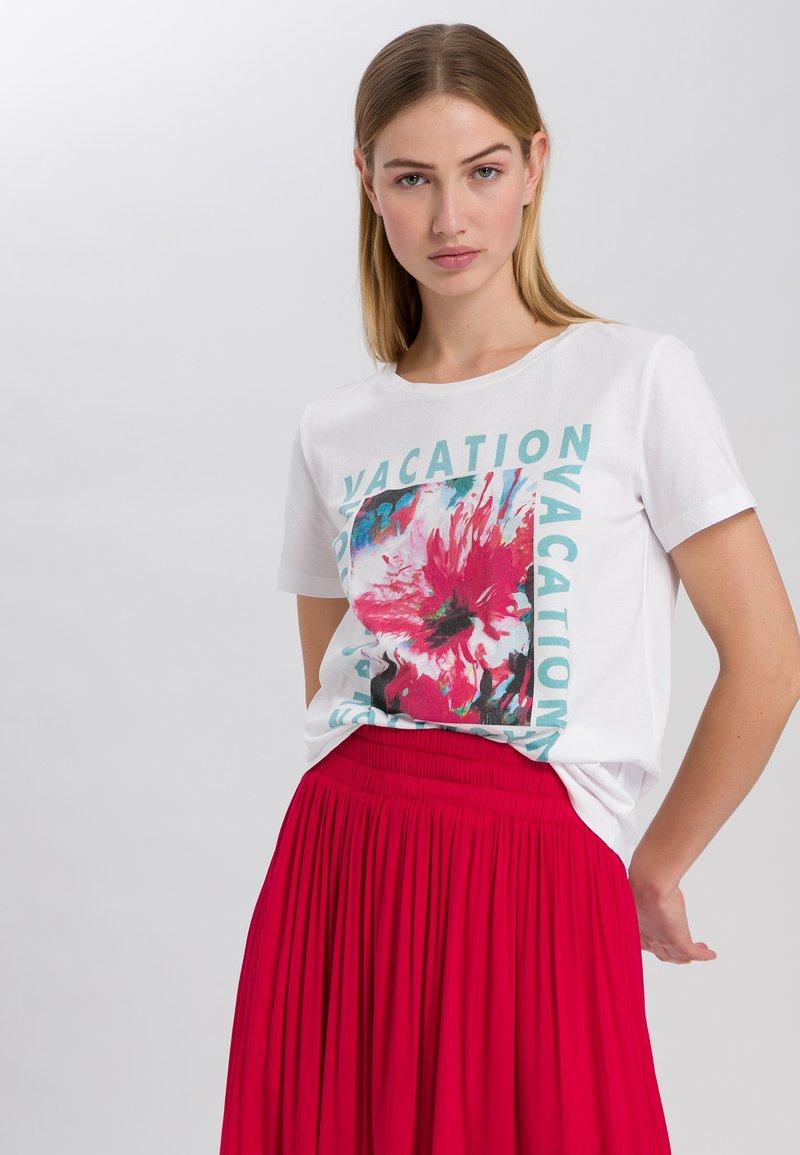 Marc Aurel - Print T-shirt - white varied