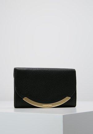 LIZZIE WALLET - Peněženka - black
