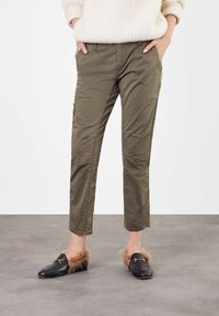 MAC Jeans - Trousers - green - 0