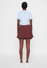 J.LINDEBERG - Shorts - dark brown - 2