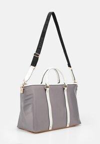 River Island - Weekend bag - light grey - 1