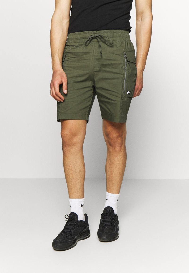 Nike Sportswear - ME SHORT - Shorts - khaki