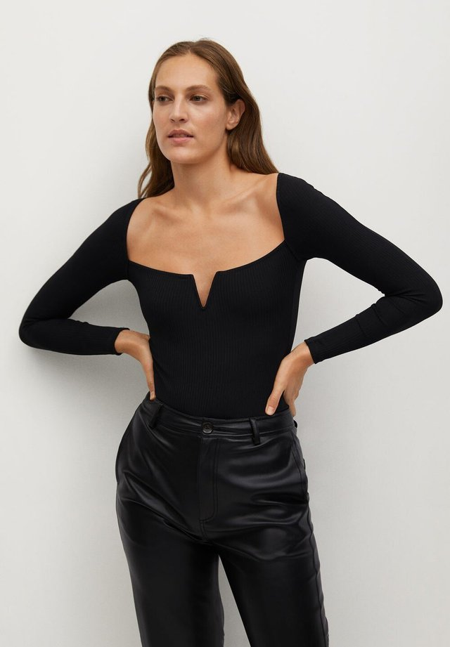 UVE - Long sleeved top - black