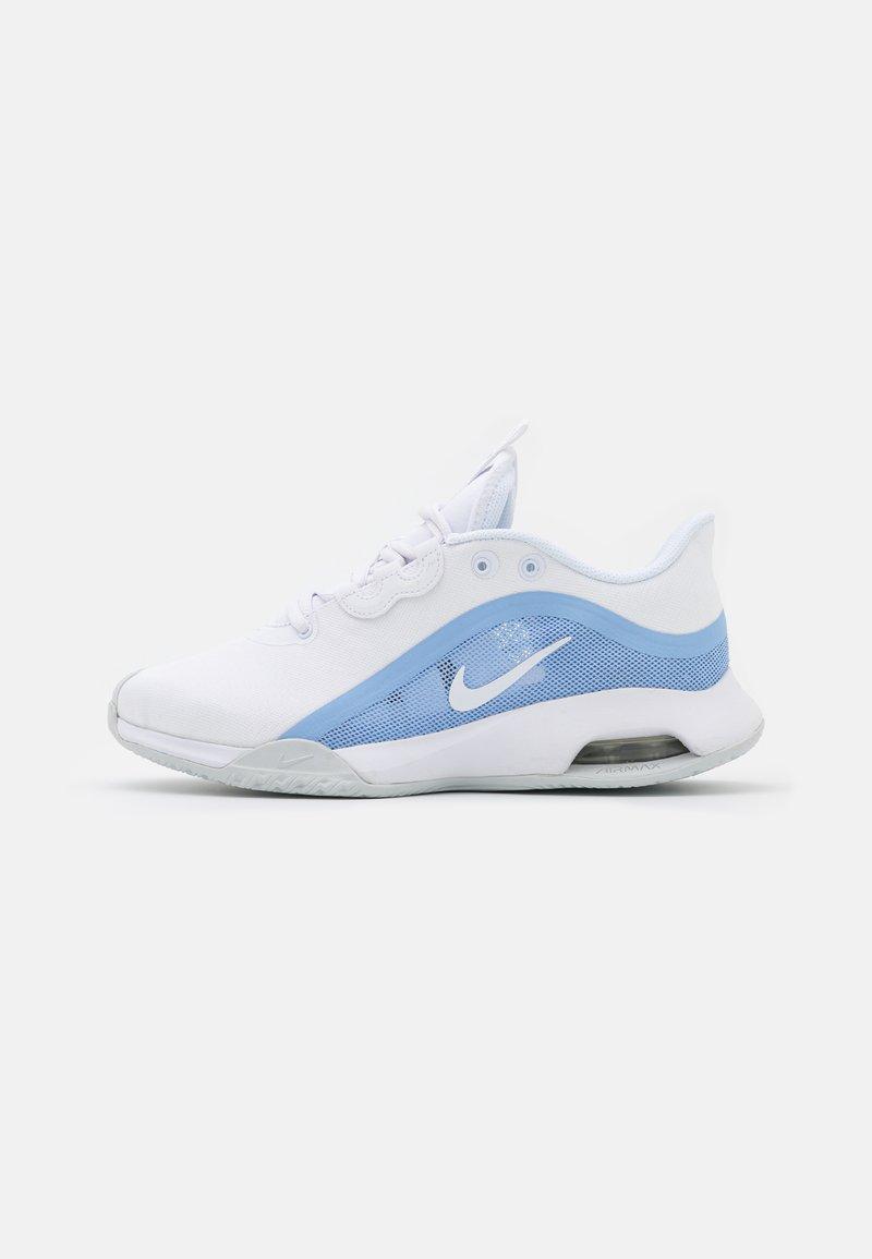 Nike Performance - AIR MAX VOLLEY - Multicourt tennis shoes - white/aluminum/pure platinum