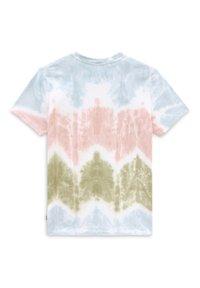 Vans - WM BECKS TIEDYE BF SS TEE - Print T-shirt - tie dye - 1