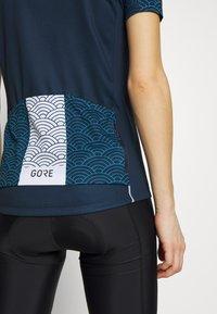 Gore Wear - GORE® C3 DAMEN ONDASIA - T-Shirt print - orbit blue/dynamic cyan - 5