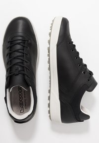 Lowa - OAKLAND GTX - Walking trainers - schwarz - 1