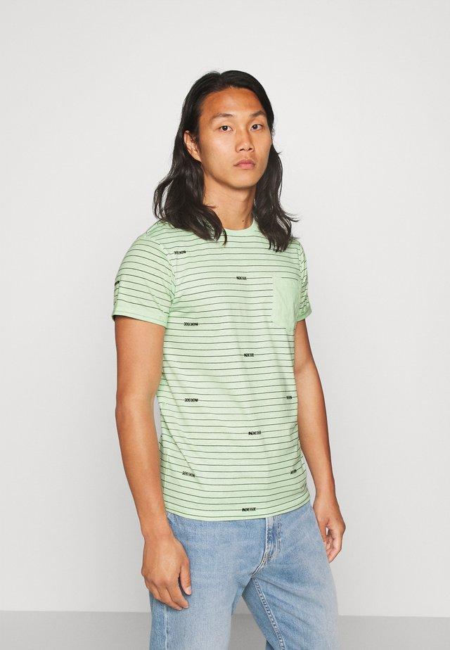 ECKLEY - Print T-shirt - pastel green