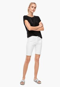 Q/S designed by - Denim shorts - white