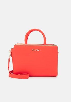 MODERN SATCHEL - Handbag - red
