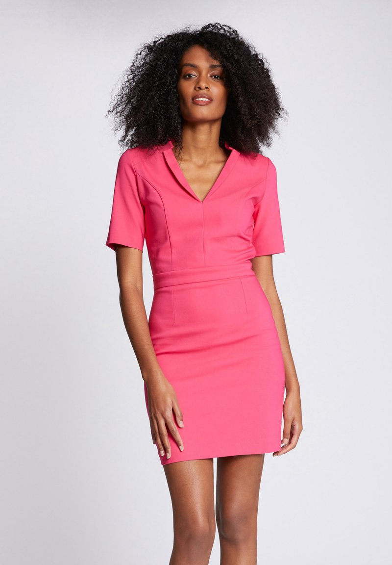 Morgan - Shift dress - neon pink