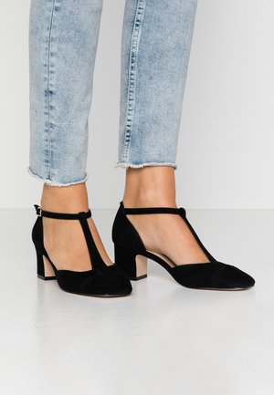 LEATHER PUMPS - Classic heels - black