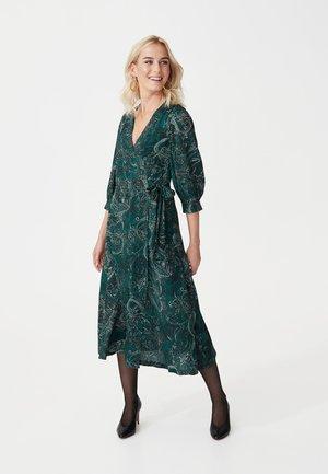 DARLING - Denní šaty - green