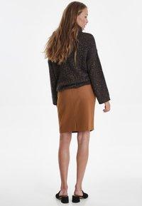 ICHI - IHUDELE - Pencil skirt - mocha bisque - 2