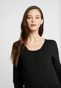 Esprit Maternity - NURSING - Long sleeved top - black - 3