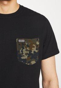 Barbour International - POCKET TEE - Print T-shirt - black - 5