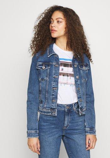 ONLTIA JACKET - Jeansjakke - medium blue denim