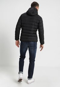 Urban Classics - BASIC BUBBLE JACKET - Veste d'hiver - black - 2
