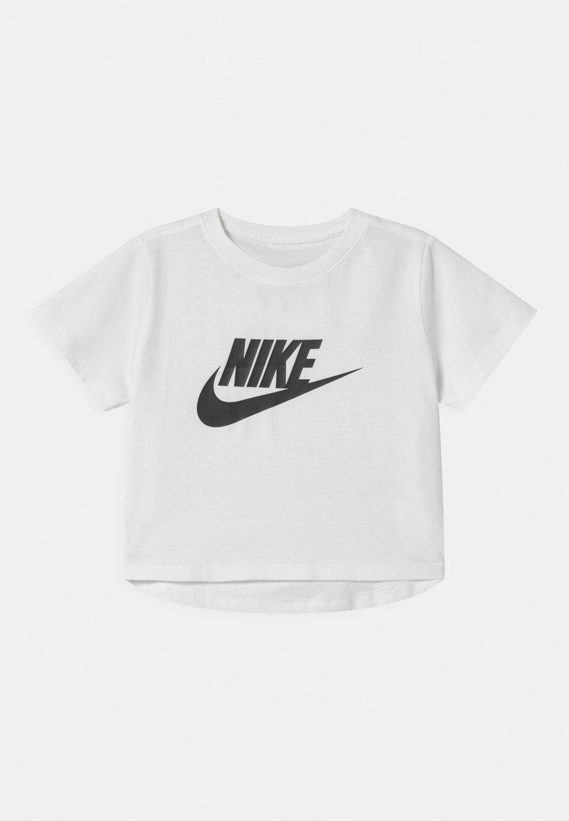 Nike Sportswear - CROP FUTURA TEE - T-shirt con stampa - white/black