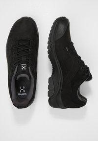 Haglöfs - RIDGE GT MEN - Hiking shoes - true black - 1