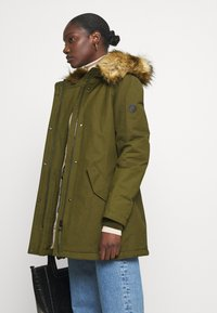 Marc O'Polo - THERMORE SHAPED FIX HOOD FRONT ZIP - Light jacket - natural olive - 5