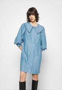 JUST FEMALE - TEXAS DRESS - Shirt dress - light blue - 0